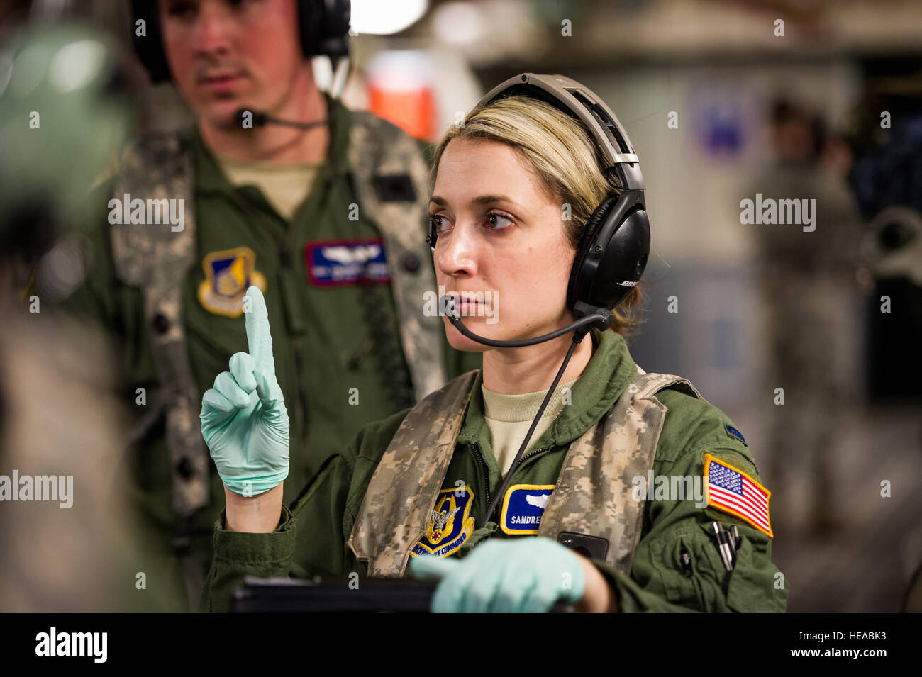 how to become a flight nurse in the air force