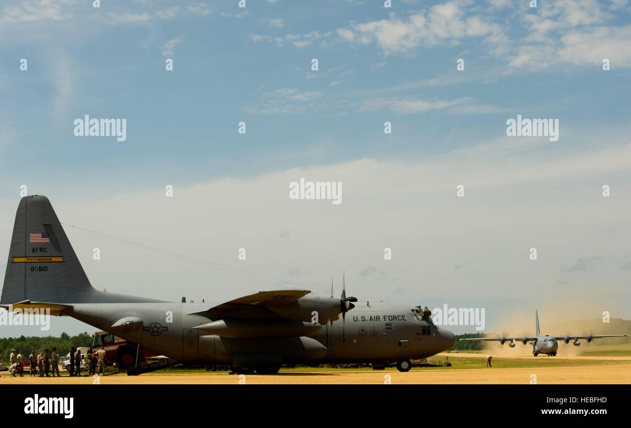A U.S. Air Force C-130 Hercules assigned to the 911th Air Reserve Station, Pittsburgh International Airport, Pa., - Stock Image