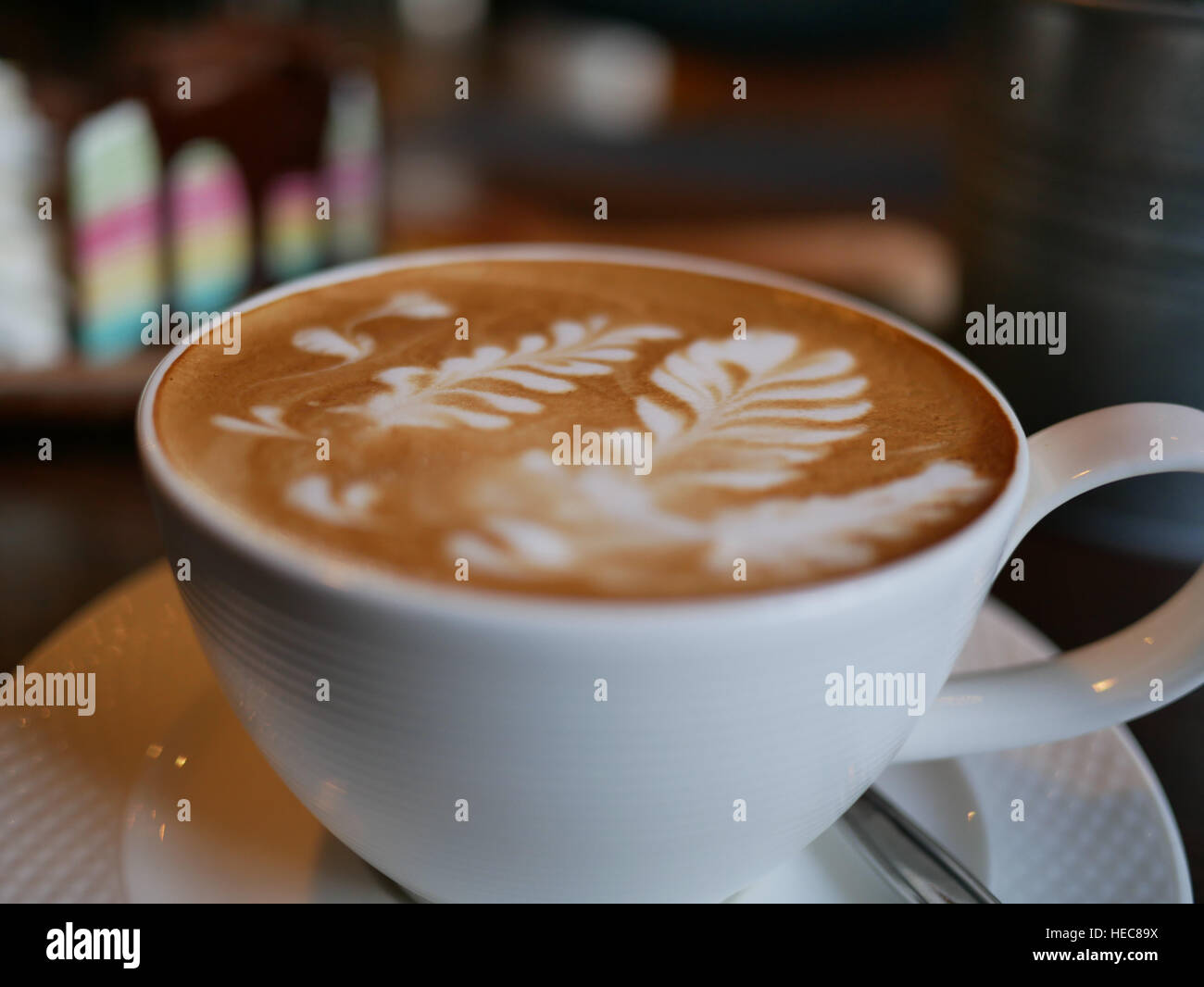 The Texture of Latte art leaf on The Top of Hot Coffee - Stock Image