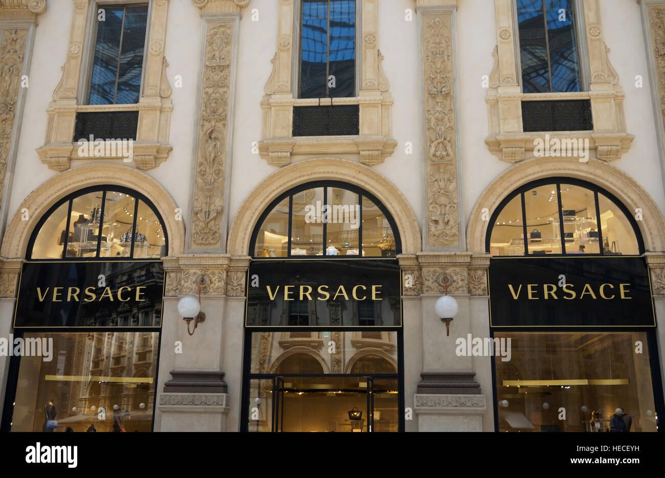 9d0fa31328 Versace boutique at Galleria Vittorio Emanuele II