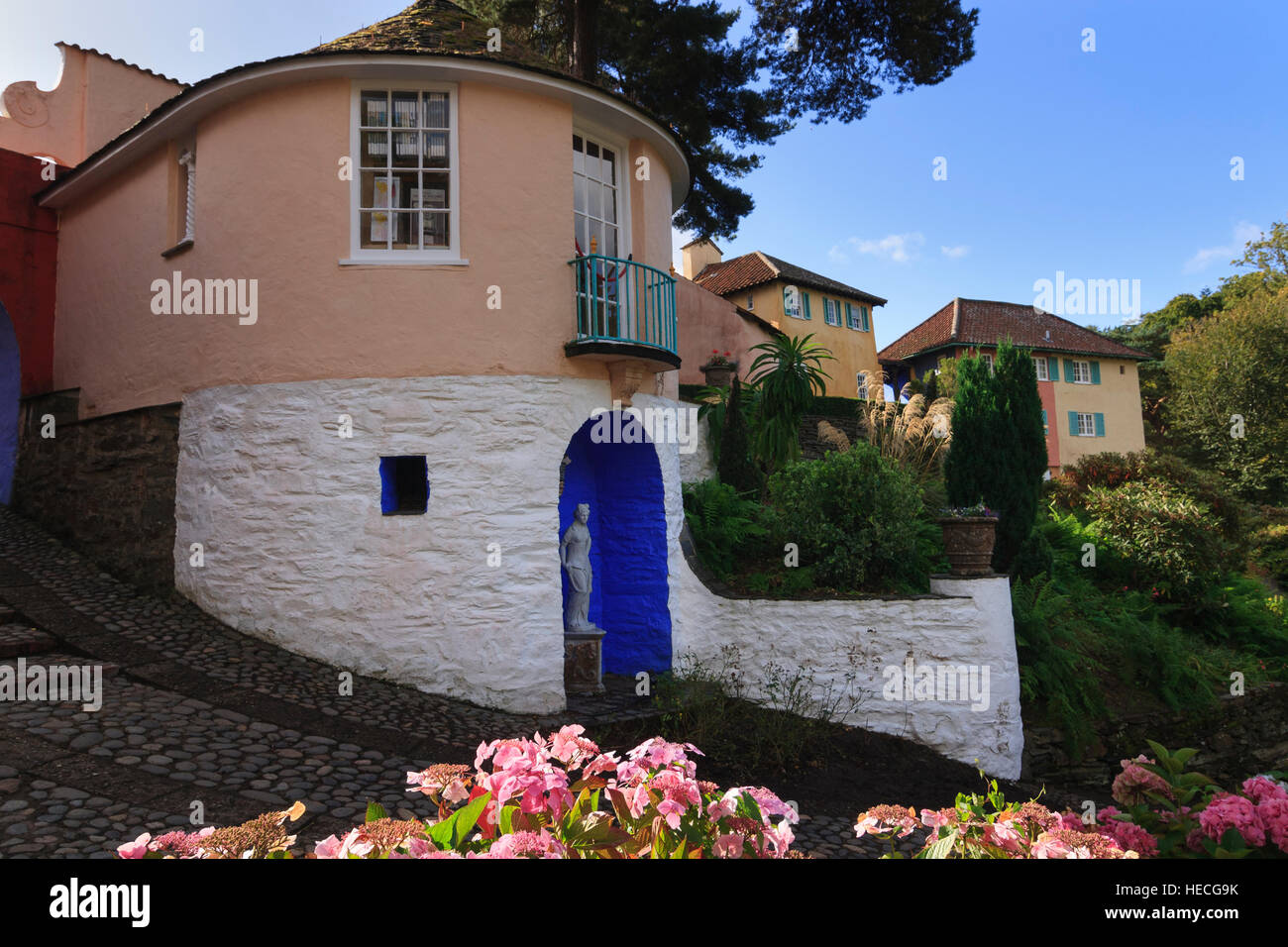The Round House, used for No 6's cottage in the Prisoner TV series, at the Portmeiron Italianate village in - Stock Image