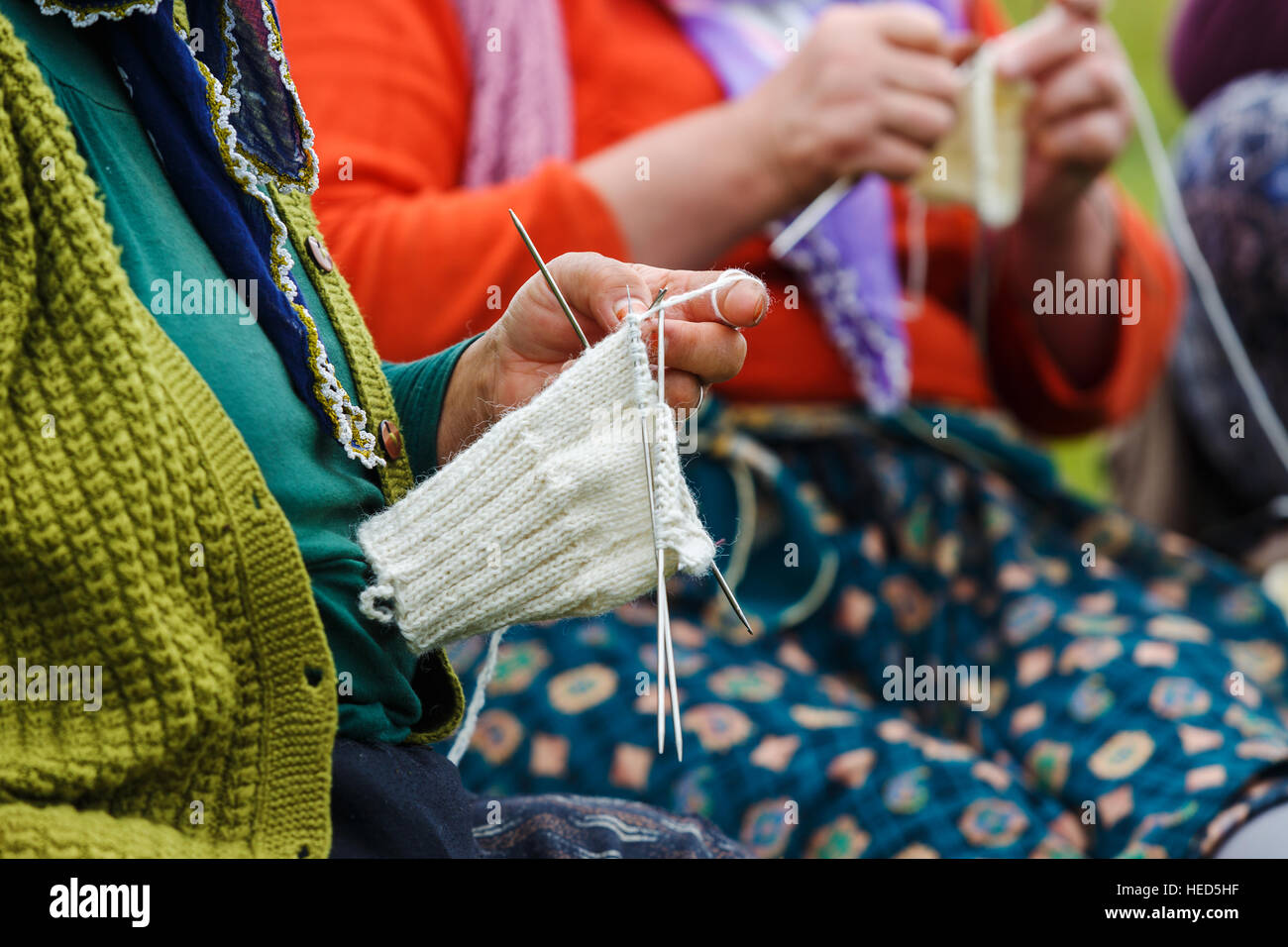 old women knit crochet - Stock Image