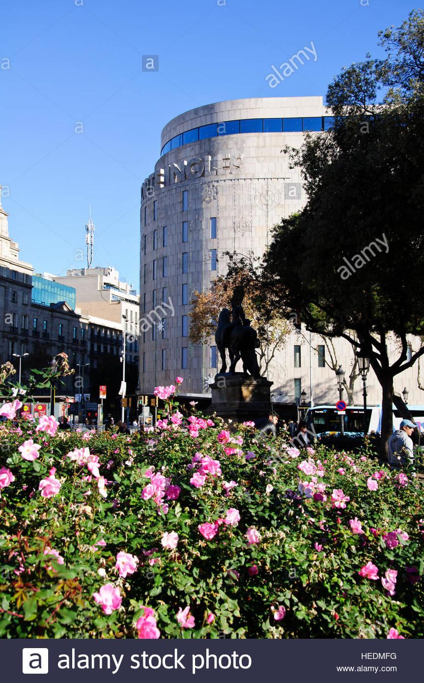 Barcelona meeting point stock photos barcelona meeting - El corte ingles plaza cataluna barcelona ...