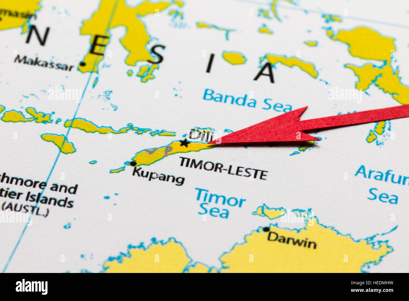 red arrow pointing timor leste islands on the map of asia continent