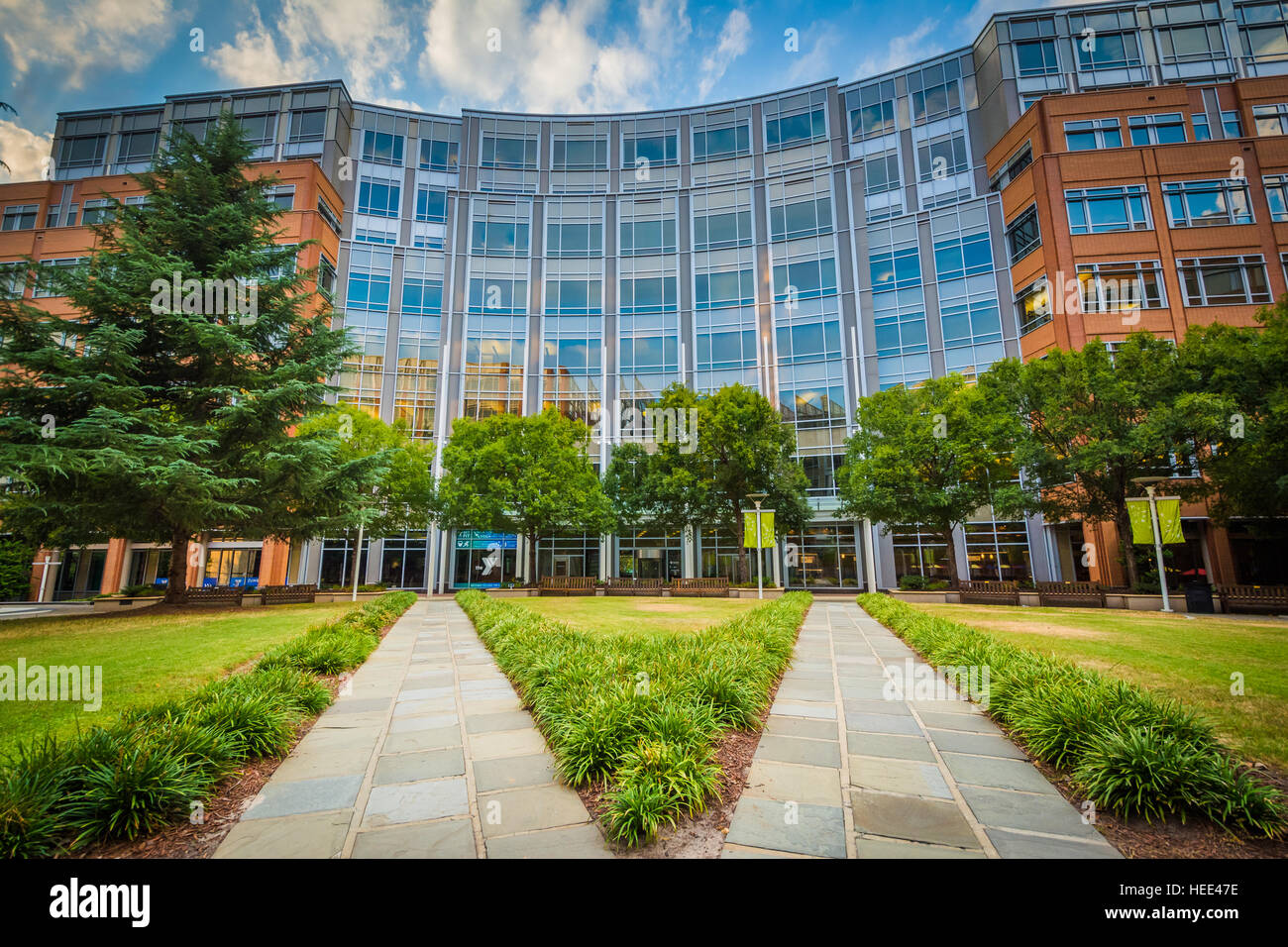 Walkways and building at Johnson & Wales University, in Charlotte, North Carolina. Stock Photo