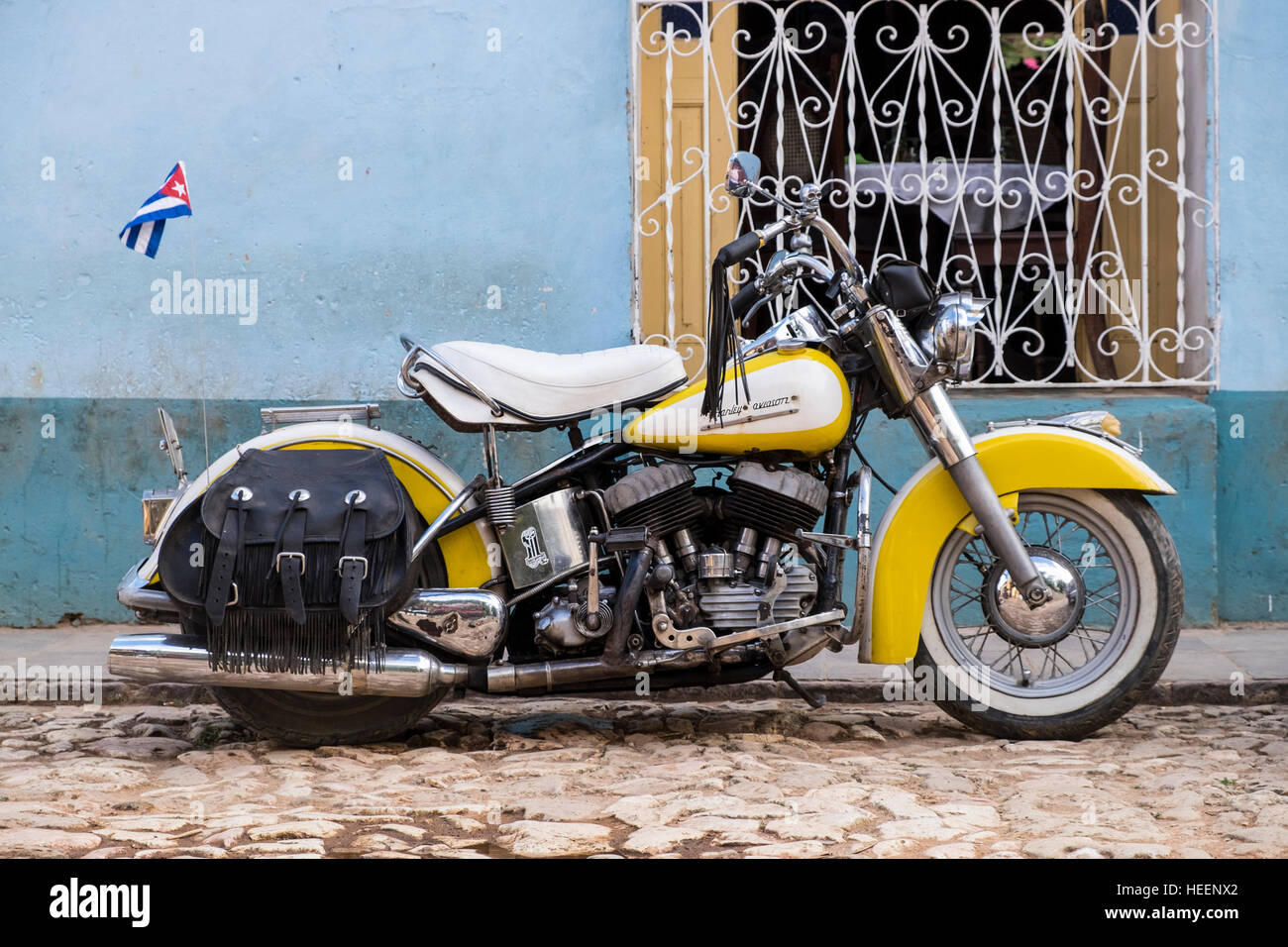 Harley Davidson motorcycle from the 1950s parked in Trinidad, Cuba - Stock Image