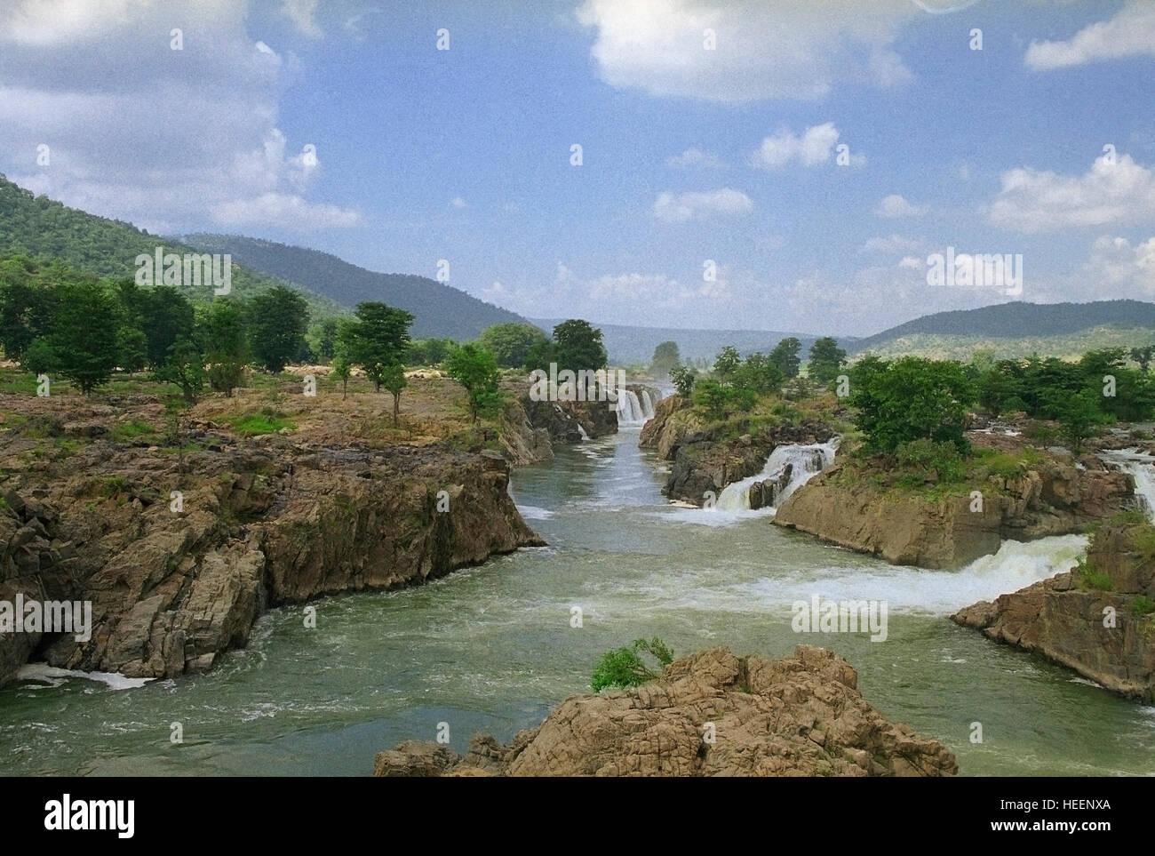 Hogenakkal Falls, waterfall in South India on the Kaveri river, Dharmapuri district, Tamil Nadu - Stock Image