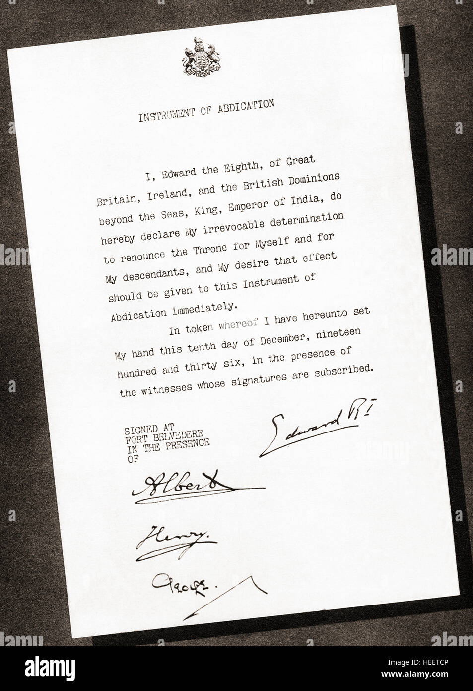 Instrument of Abdication signed in 1936 by King Edward VIII and his three brothers, Prince Albert future George - Stock Image