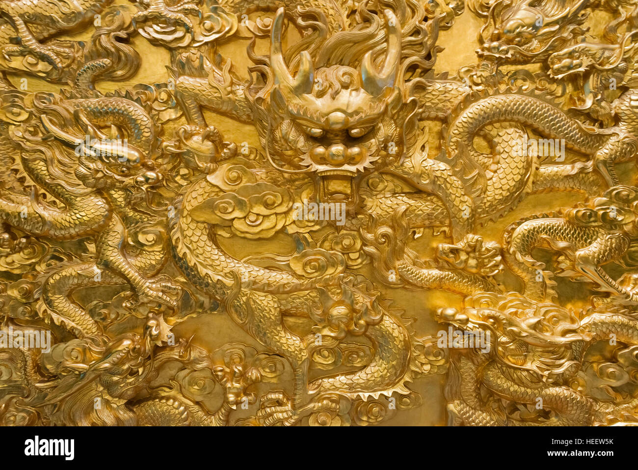 Chinese Dragon Painting Stock Photos & Chinese Dragon Painting Stock ...