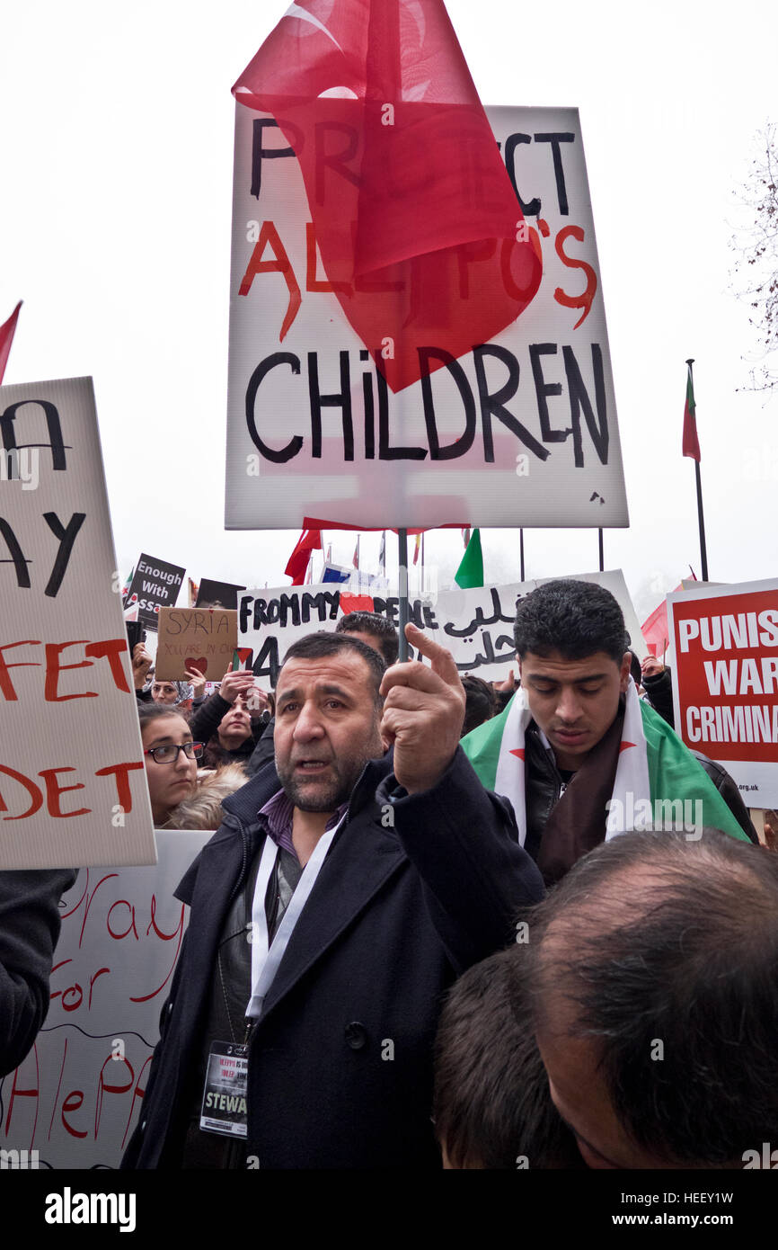 Syrians march to Downing Street calling for the West to do more to stop the genocide in Aleppo, London Dec17 2016 - Stock Image