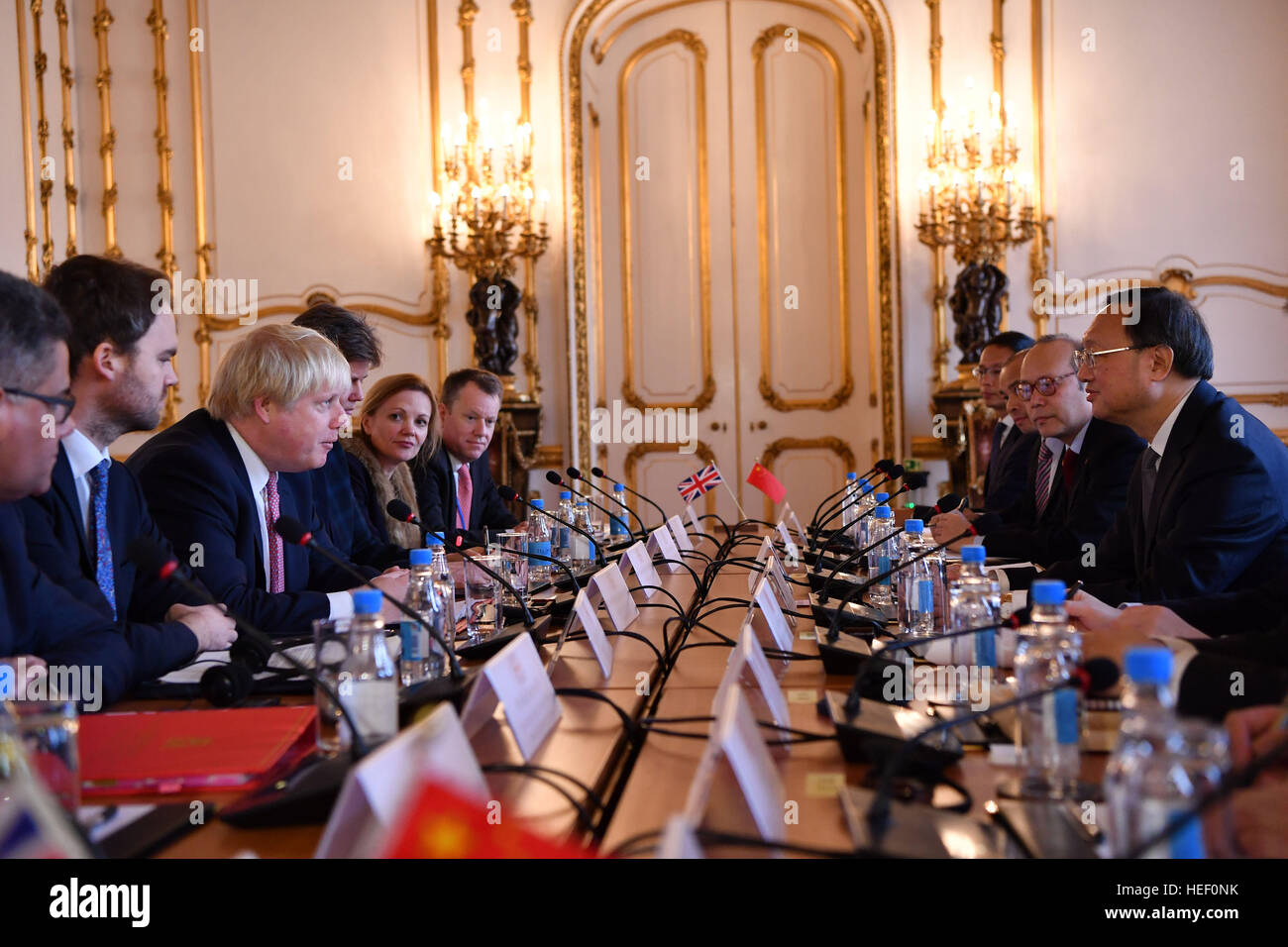 Foreign Secretary Boris Johnson speaks with Chinese State Councillor Yang Jiechi during UK-China Strategic Dialogue - Stock Image