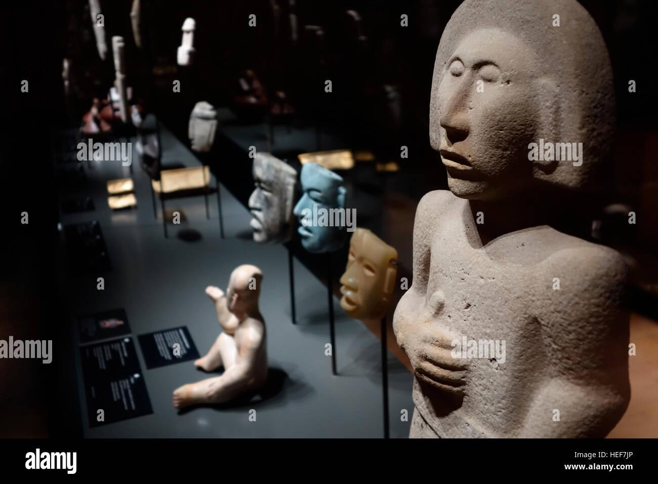 Huastec / Téenek stone sculpture from Mexico at MAS / Museum aan de Stroom, Antwerp, Belgium - Stock Image