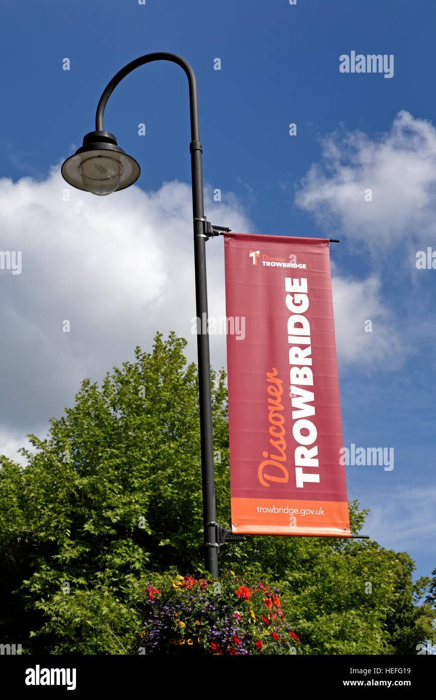 A Discover Trowbridge banner on a lamp post in the Trowbridge Town Park, Wiltshire, United Kingdom. - Stock Image