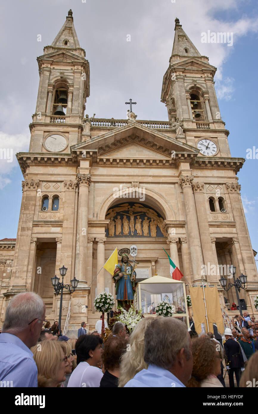 Photo Needs Community outdoor religious festival in Italy, Santi di Medici Stock Photo