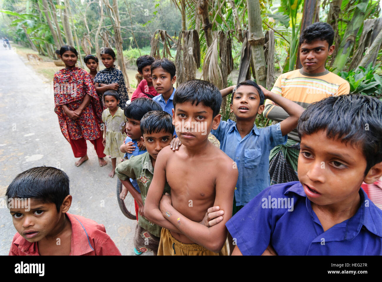 Gobra: Village population, street, people, Khulna Division, Bangladesh - Stock Image