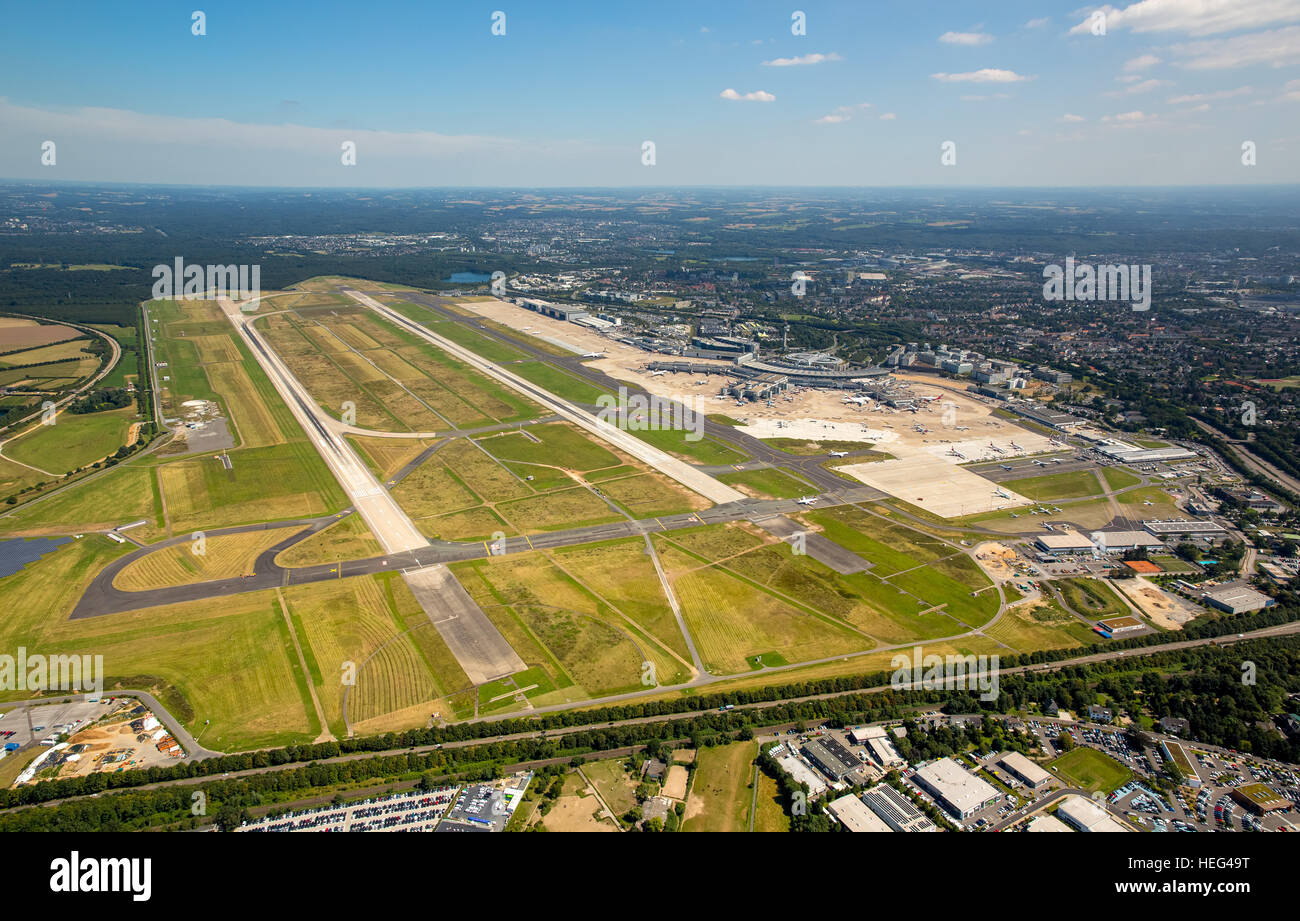 Aerial view, overview of runways 05L and 05R, Düsseldorf Airport, Düsseldorf, Rhineland, North Rhine-Westphalia - Stock Image