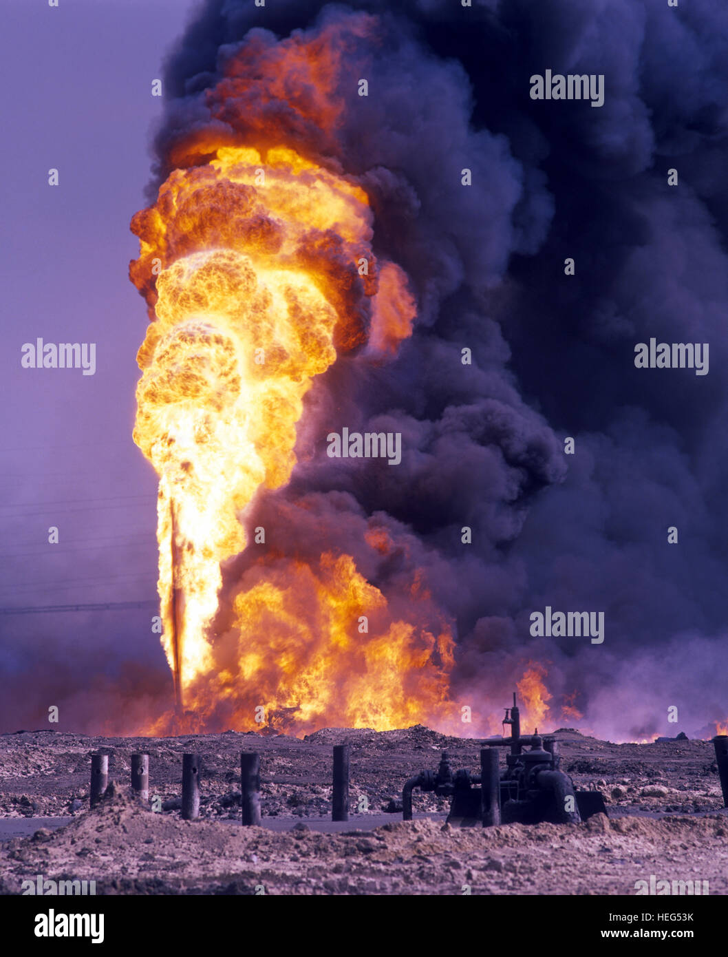 Burning oil wells at Al Burgan at the end of Gulf War. Kuwait - Stock Image