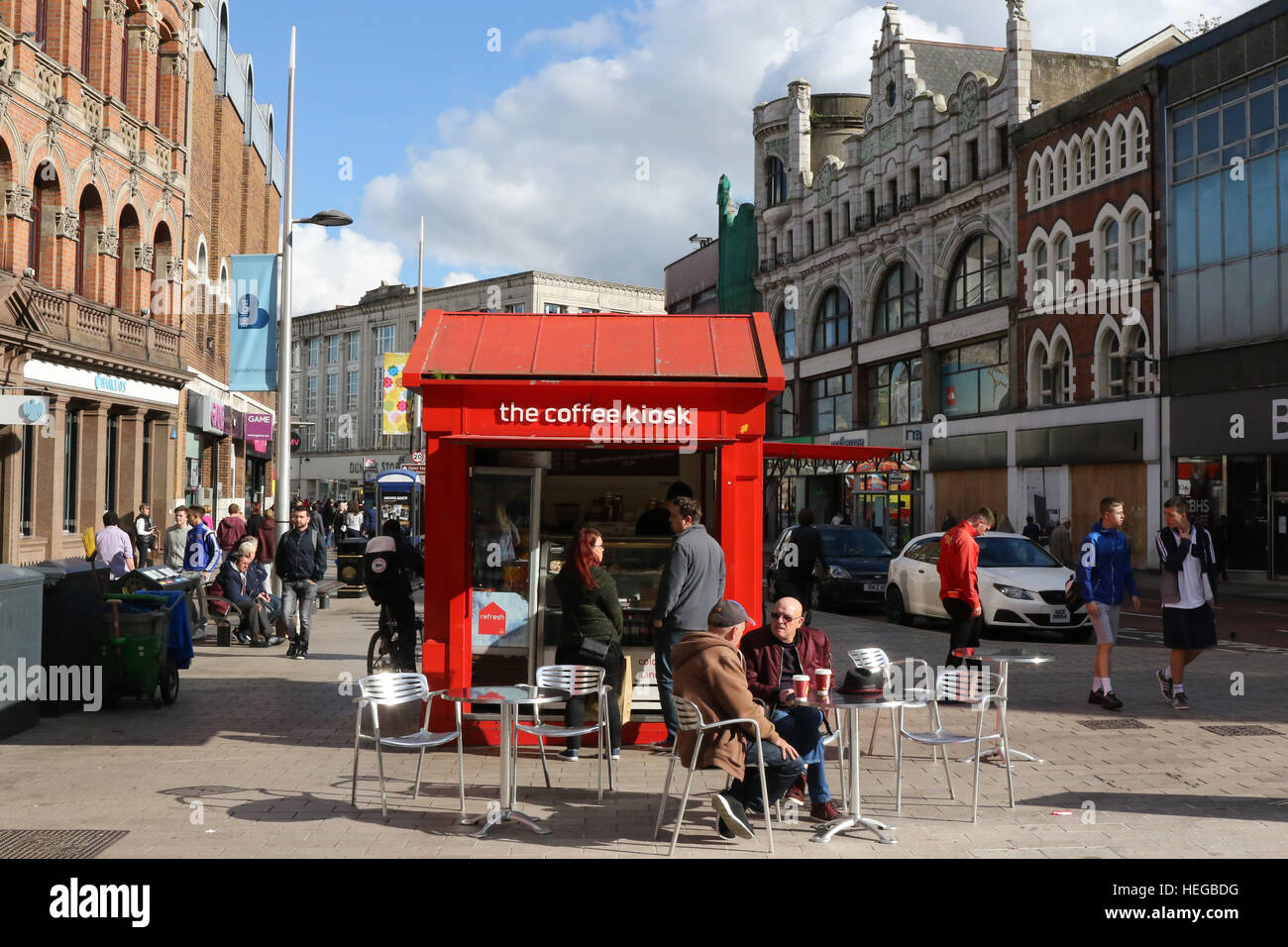 People at coffee kiosk in Castle Place, Belfast, Northern Ireland. - Stock Image