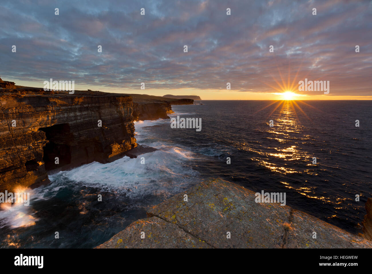 Orkney Islands winter sunset at Yesnaby - Stock Image