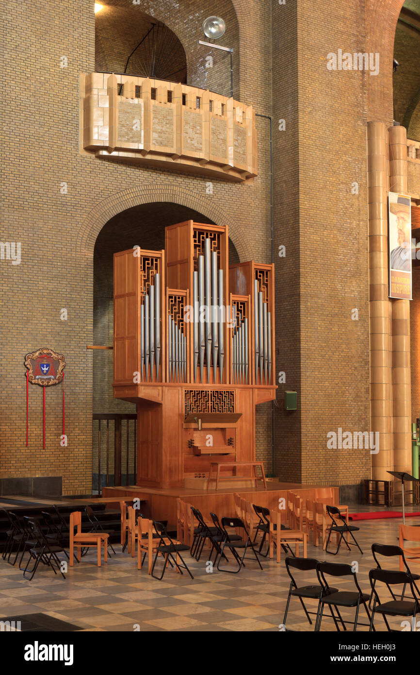 One of the four organs at the Basilica of the Sacred Heart (1935) in Brussels, Belgium - Stock Image