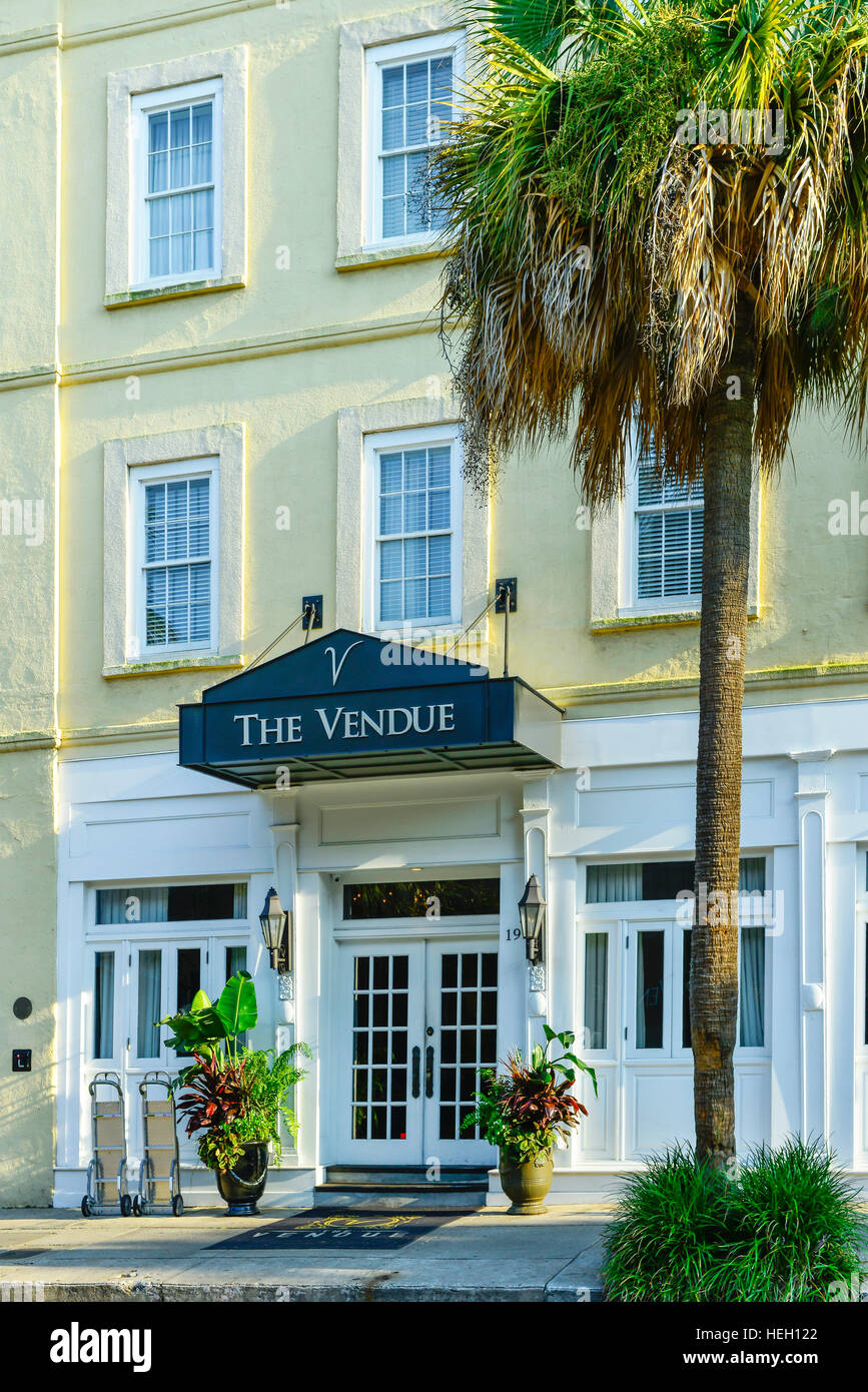 The Vendue Inn, an art filled boutique hotel in the French Quarter Art district of Charleston, SC - Stock Image
