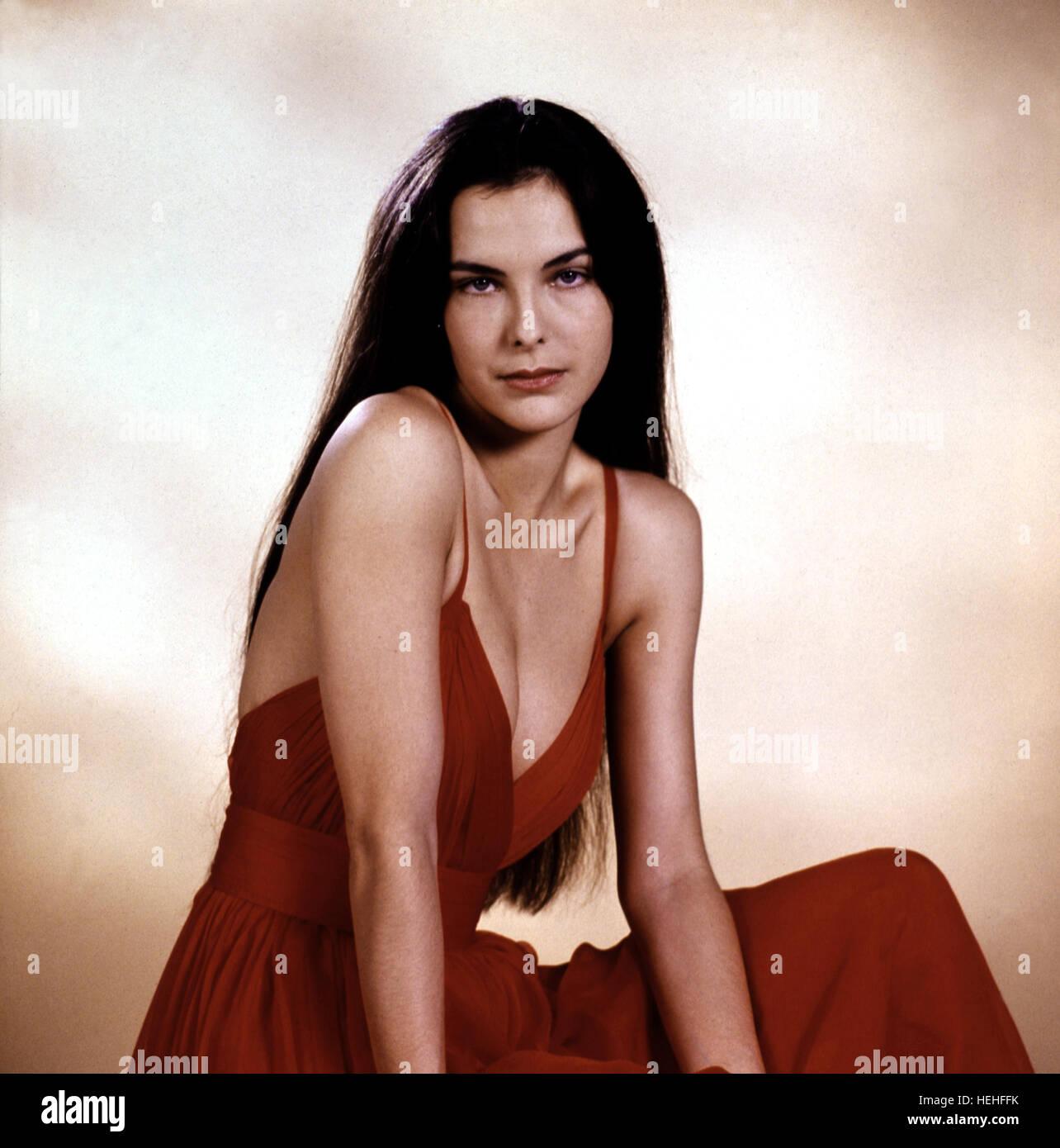 Carole Bouquet Nude Photos 77