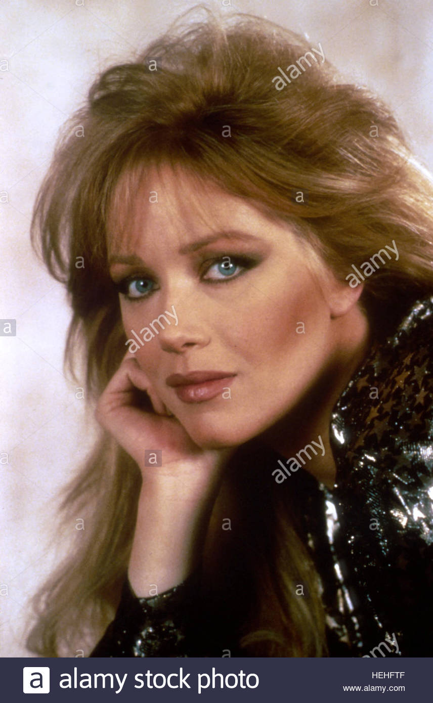 A View From The Beach 17 Will Get You 20: TANYA ROBERTS JAMES BOND: A VIEW TO A KILL (1985 Stock