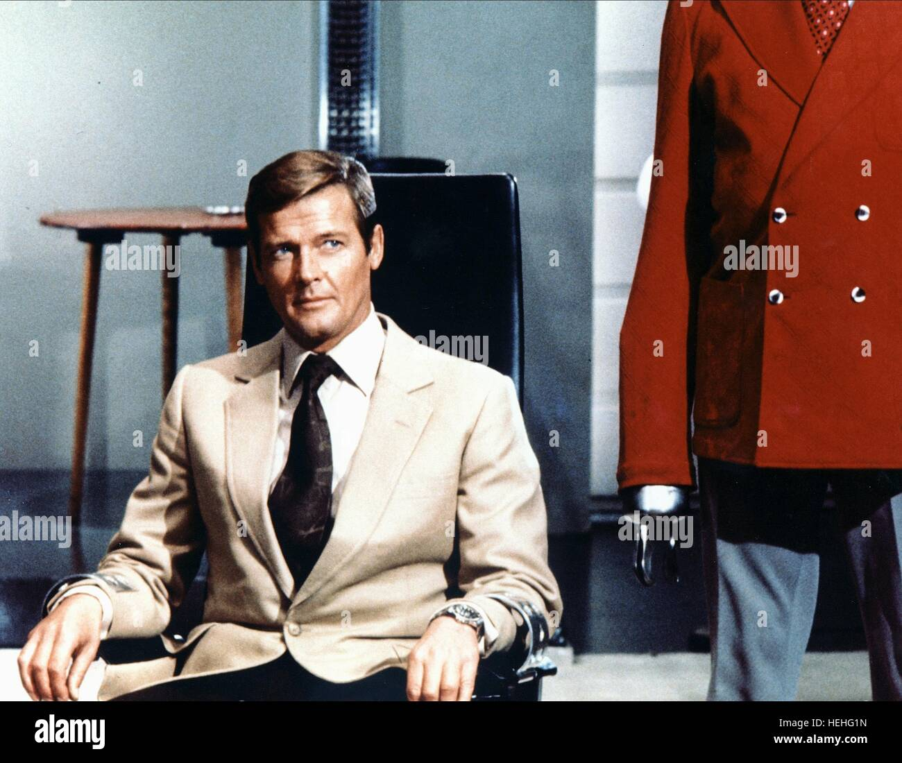 LIVE AND LET DIE: JAMES BOND, ROGER MOORE, 1973 - Stock Image