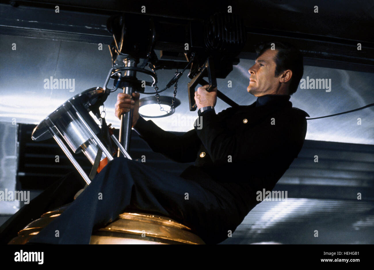 ROGER MOORE JAMES BOND: THE SPY WHO LOVED ME (1977) - Stock Image