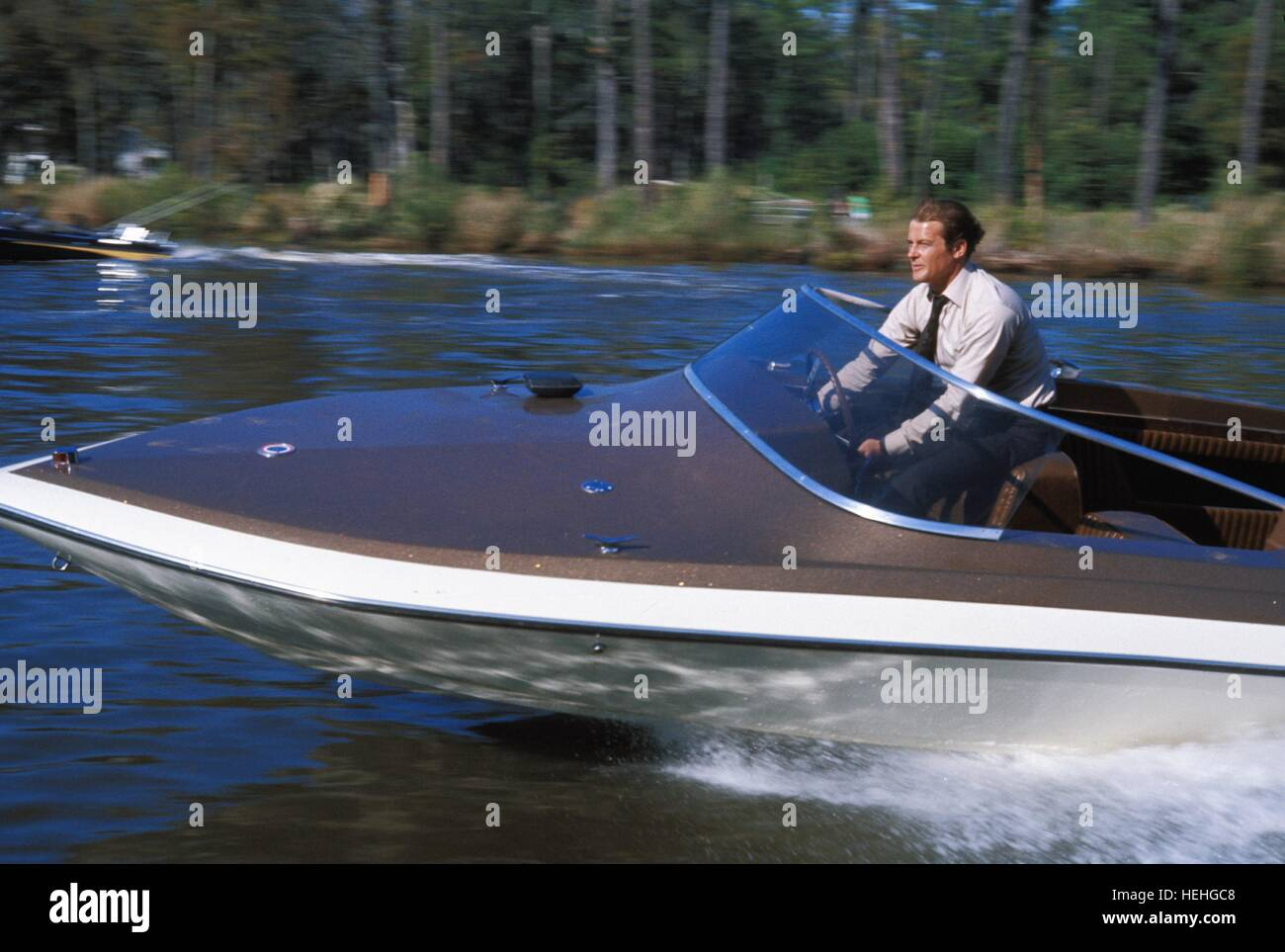 ROGER MOORE LIVE AND LET DIE 1973 - Stock Image