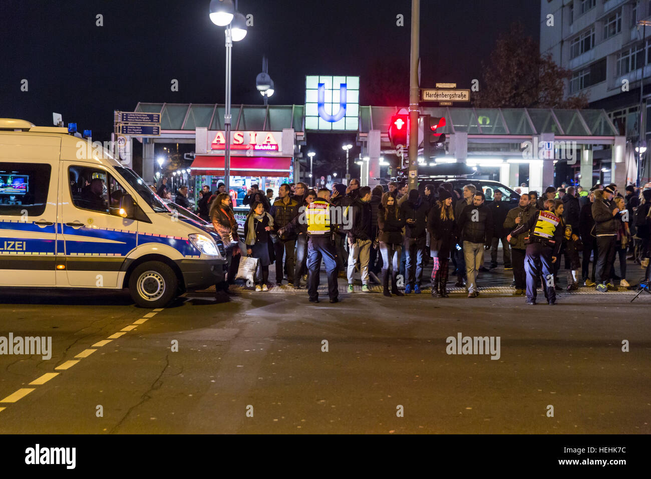 Berlin, Germany, police operation at the Christmas market on Breitscheidplatz - Stock Image