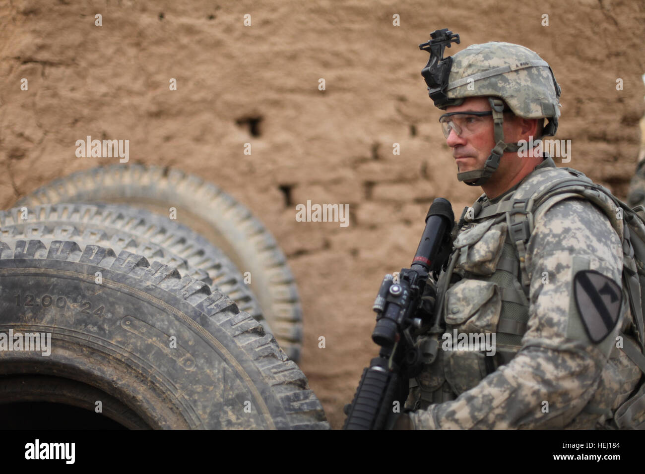 U.S. Army Spc. Timothy McDaniel, from Lansing, Mich., assigned to the 1st Battalion, 8th Cavalry, 2nd Brigade Combat - Stock Image
