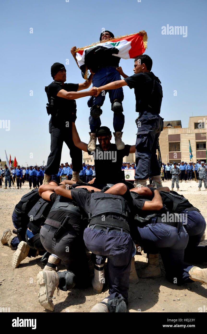 Iraqi Federal Police Swat Members Join Together To Display Their