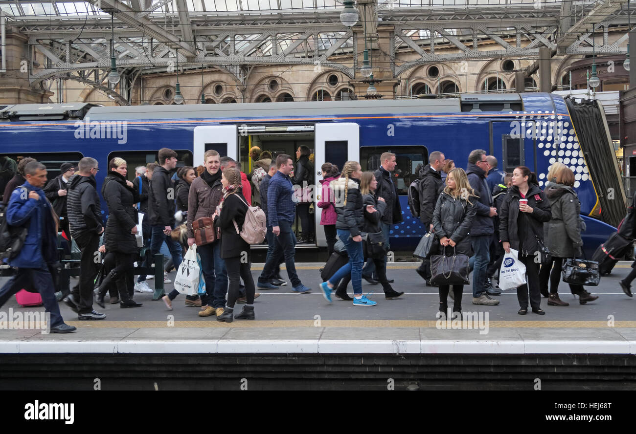 Packed Scotrail Abellio train carriage. Petition to bring back into state ownership,after poor service - Stock Image
