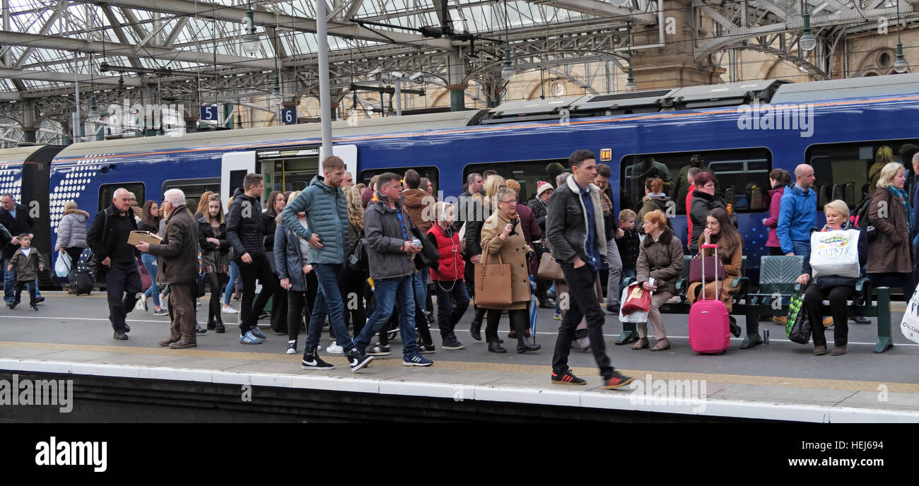 Scotrail Abellio congested train carriage,petition to bring back into state ownership,after poor service Stock Photo