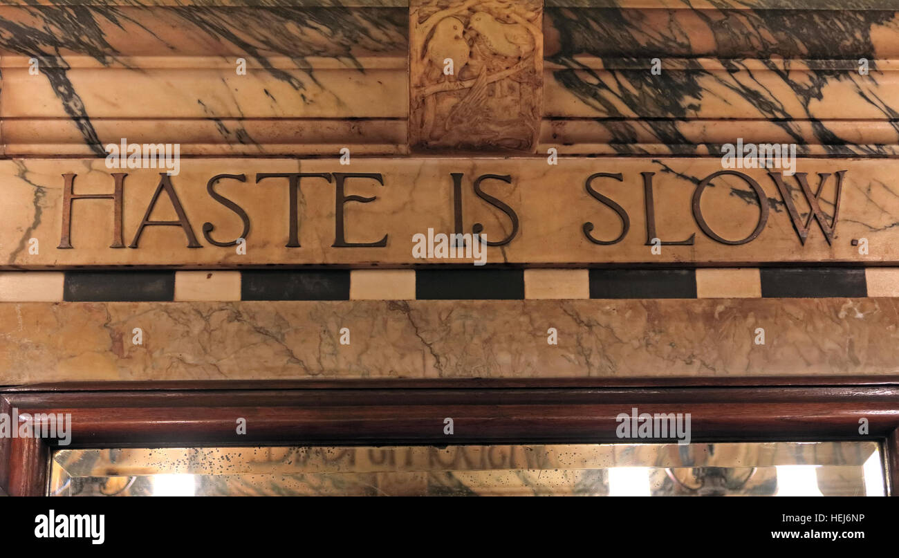 The Black Friar, Blackfriars, London, England, UK at night- Haste Is Slow - Stock Image