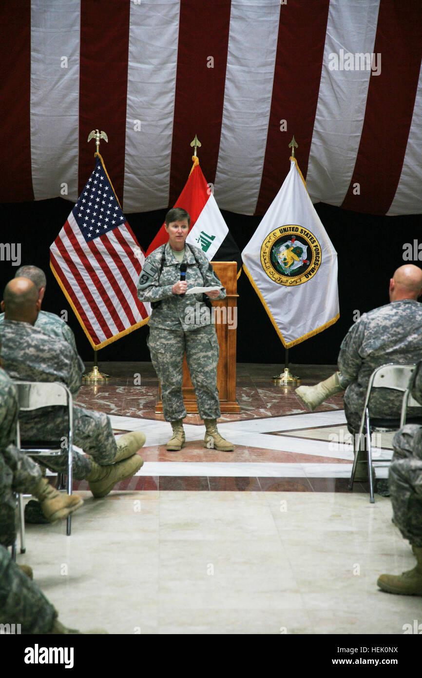 Col  Grace Edinboro, 49th Military Police deputy commander, quizzes