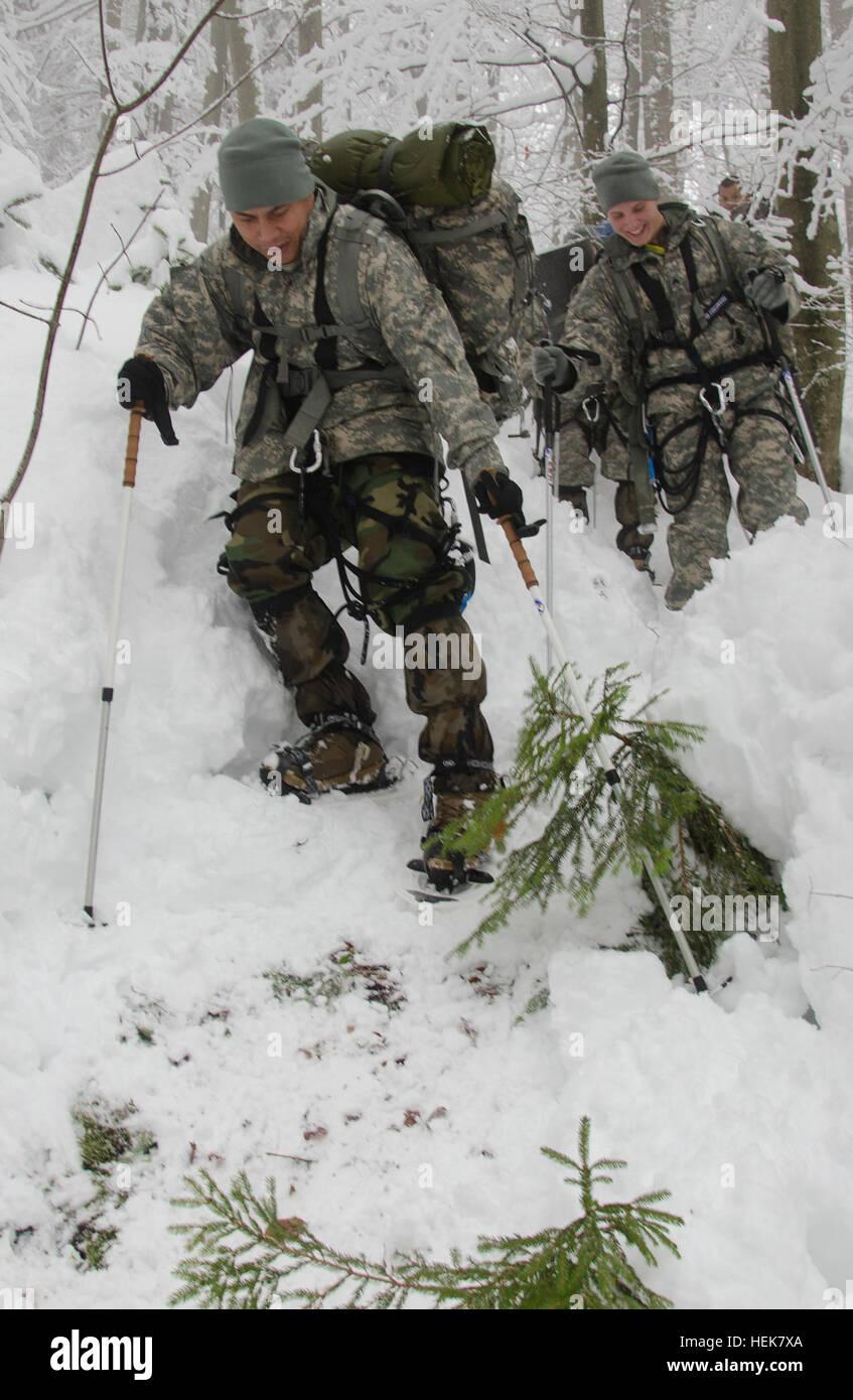 BOHINJSKA BELA, Slovenia -- SGT Bradley Thomas from U.S. Army Europe's 172nd Infantry Brigade prepares for a - Stock Image