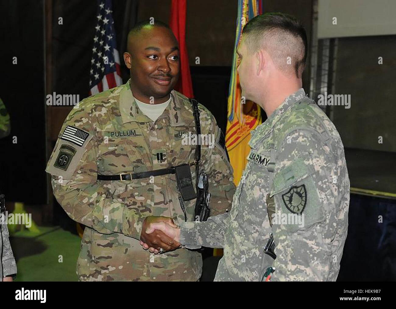 Capt Courtney Pullum 1165th Military Police Company Alabama Army Stock Photo Alamy