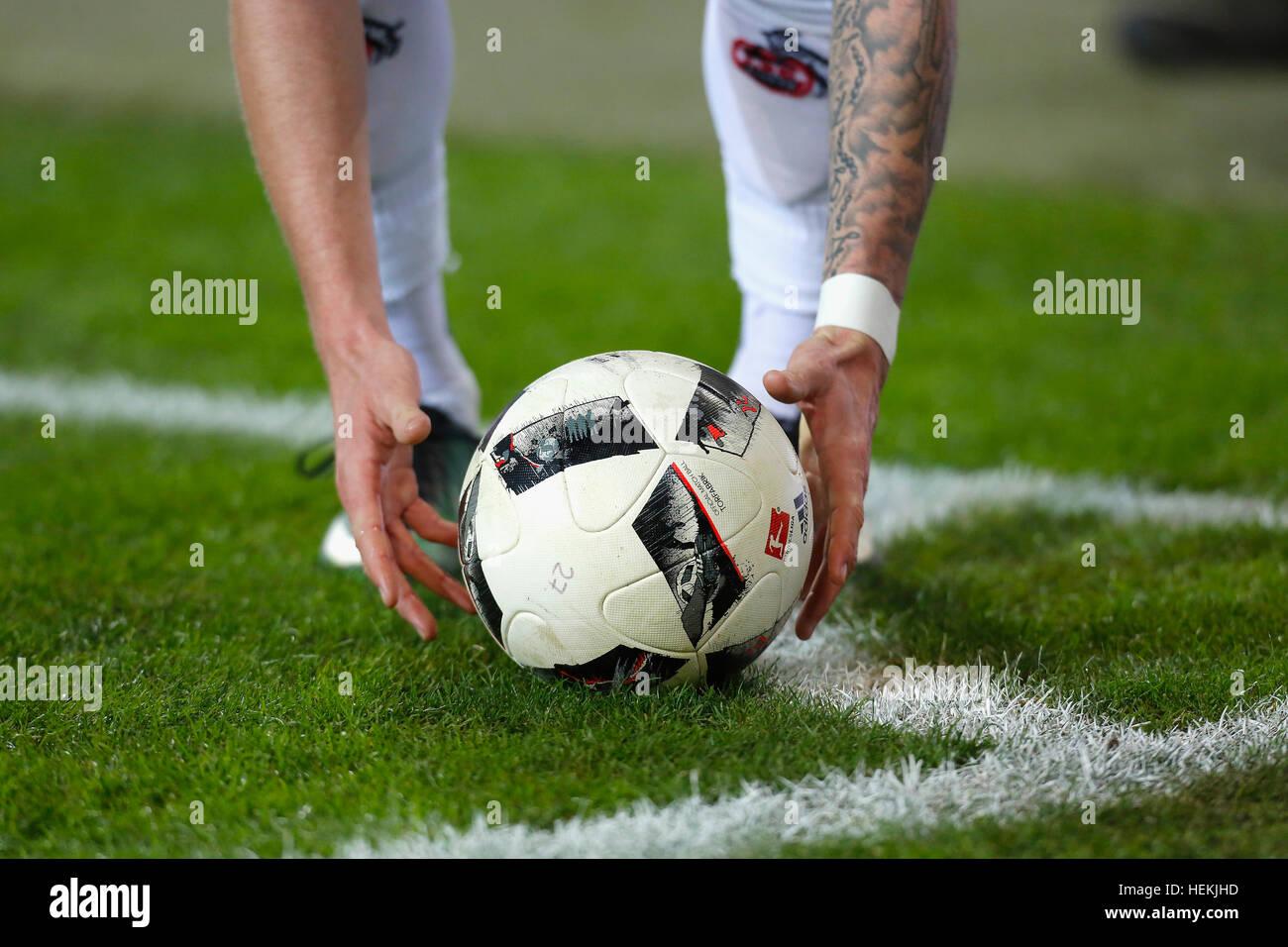 Cologne, Germany. 21st Dec, 2016. Bundesliga matchday 16, 1. FC Koeln - Bayer Leverkusen: Ball am Viertelkreis. - Stock Image