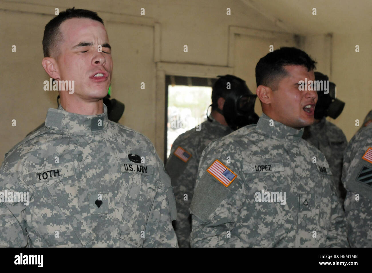 Spc. Andrew E. Toth and Pfc. Guiovanny Lopez, cavalry scouts with B Troop, 6th Squadron, 8th Cavalry Regiment, 4th Stock Photo