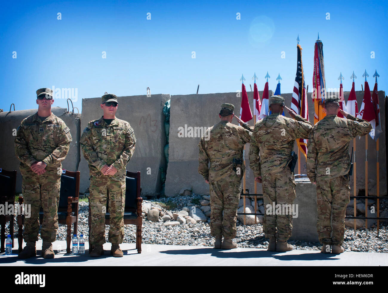 U.S. Army Capt. Augustine Castronovo, of Woodland Hills, Calif., and U.S. Army Staff Sgt. Deane Bostick stand watch - Stock Image