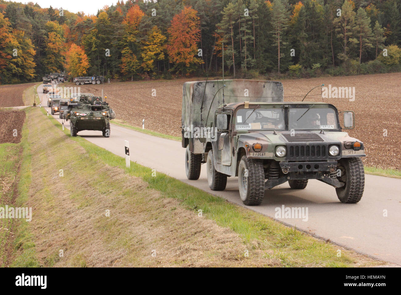 U.S. Army Soldiers of 1st Squadron, 2nd Cavalry Regiment conduct a convoy during a decisive action training environment - Stock Image