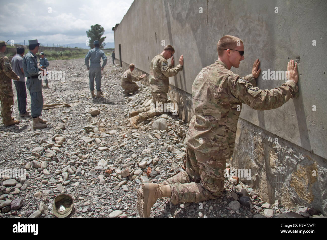 U.S. Soldiers with India Company, 2nd Battalion, 506th Infantry Regiment, 4th Brigade Combat Team, 101st Airborne - Stock Image