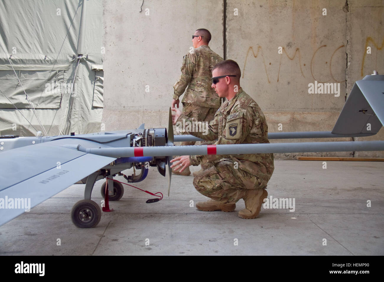 U.S. Army Sgt. Joshua D. Flynn, an unmanned aerial vehicle operator with 4th Brigade Special Troops Battalion, 4th - Stock Image