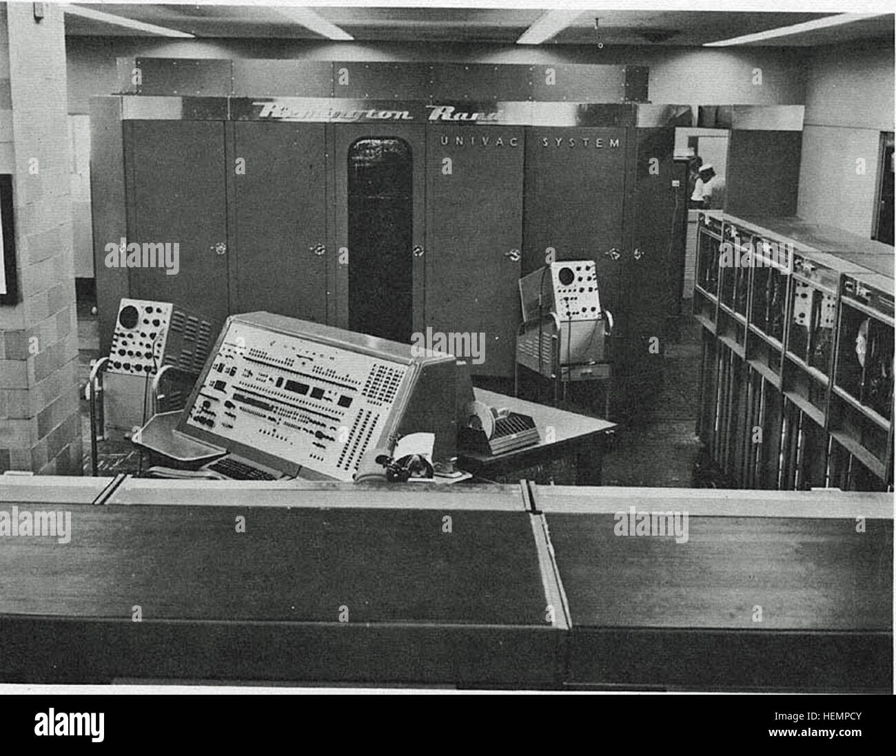 Univac-I-Navy-Electronics-Supply-Office-BRL61-0992 - Stock Image