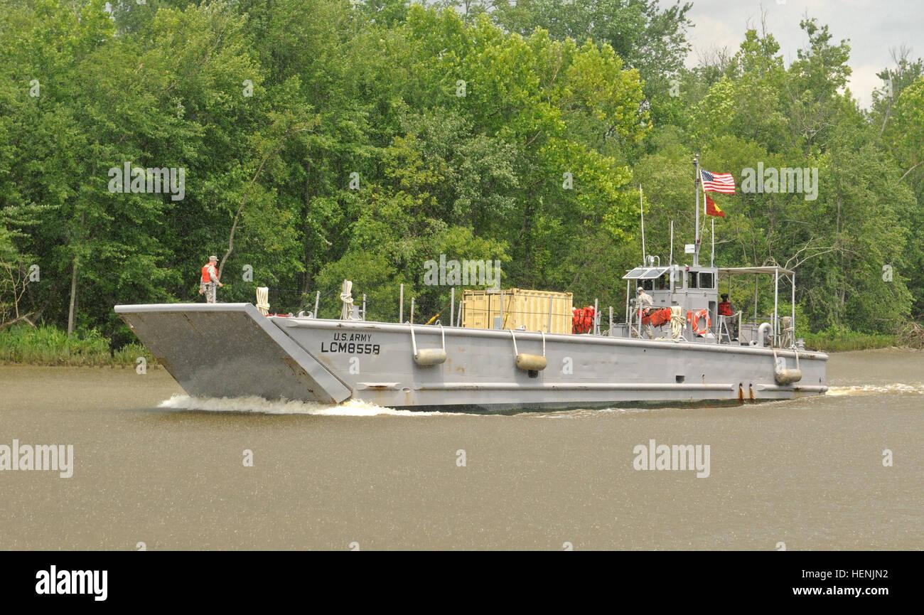 Members Of The 464th Transportation Company Fort Belvoir Va Stock Photo Alamy