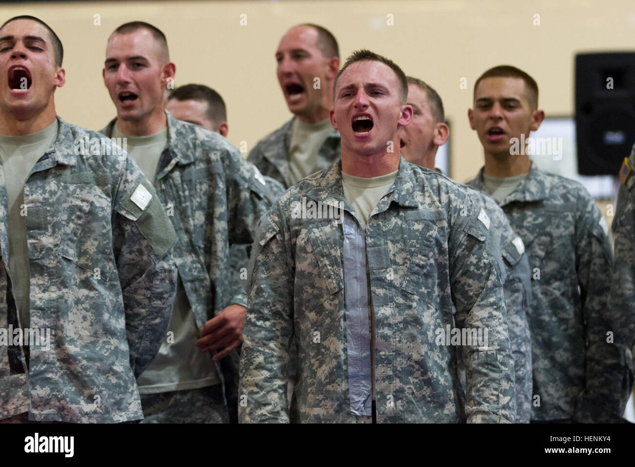 Spc Joshua Hawn Of The 78th Training Division And Other Competitors Shouting A Strong HOOHA