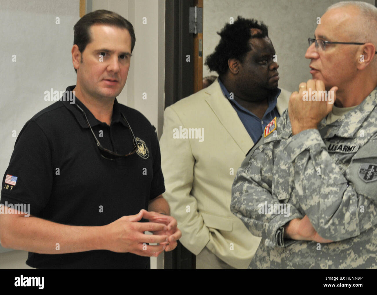 Delta Regional Authority Chairman Christopher A. Masingill speaks with Col. James A. Bruce, the officer in charge - Stock Image