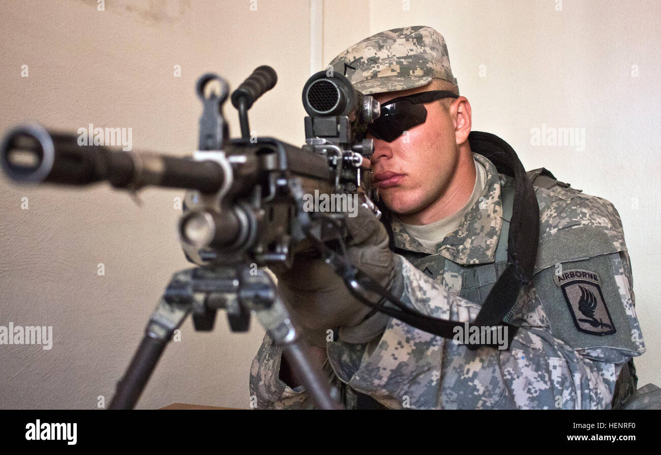 Army Pvt. Dimitri J. Hawksford, a Hudson, Wisconsin, native serving as an infantryman in Company B, 2nd Battalion, Stock Photo